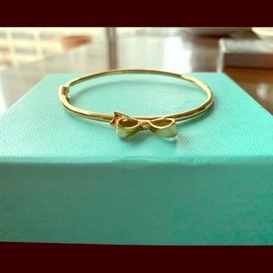 Kate Spade 🎀 Love Notes Mini Bow Bangle bracelet